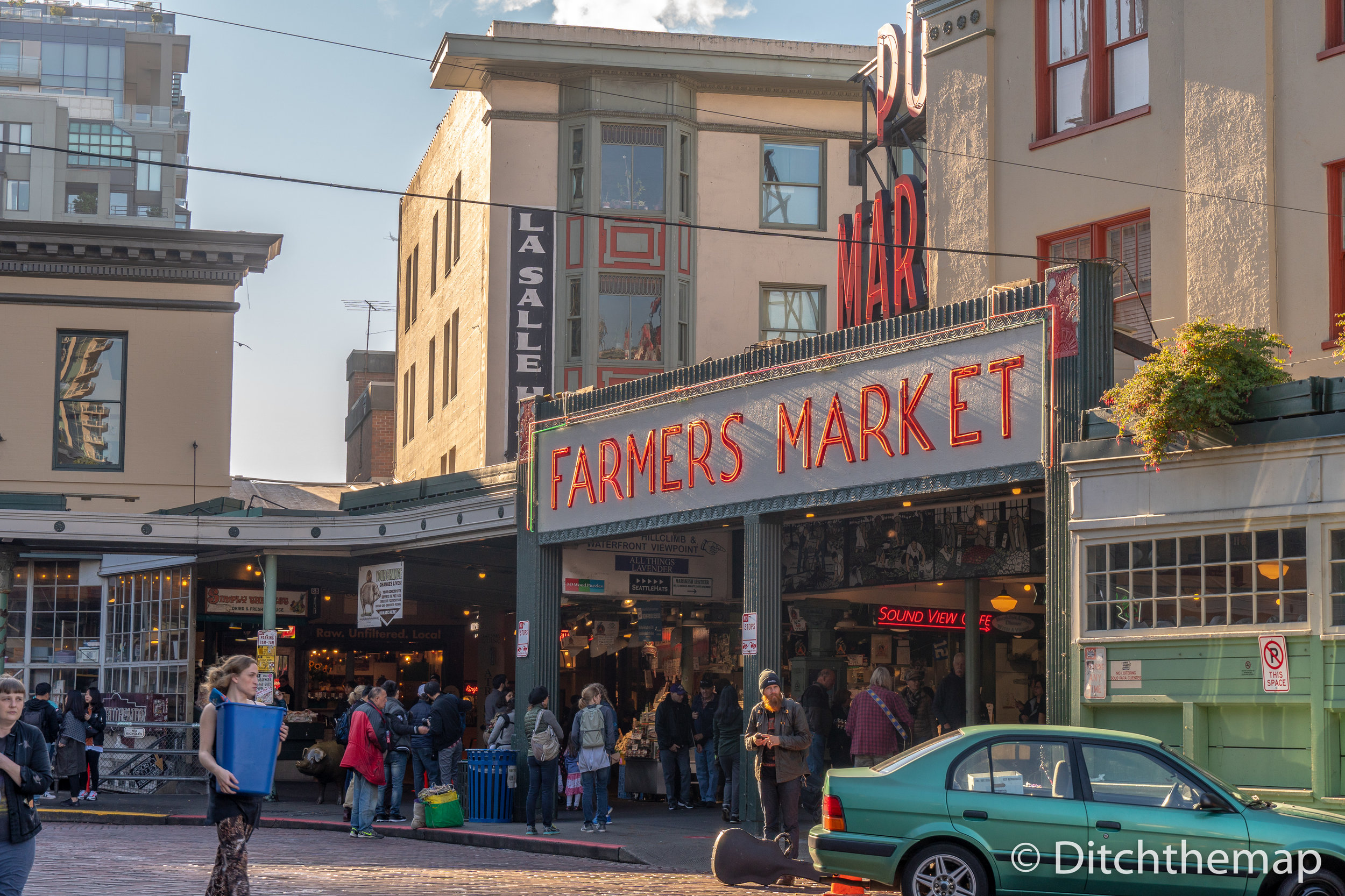 Shops in and around Pike Place Farmers Market Market