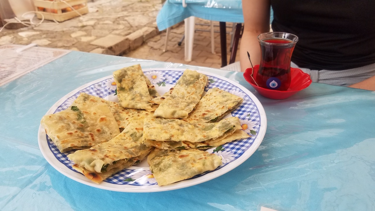 Turkish Tea and Spinach and Cheese Gözleme