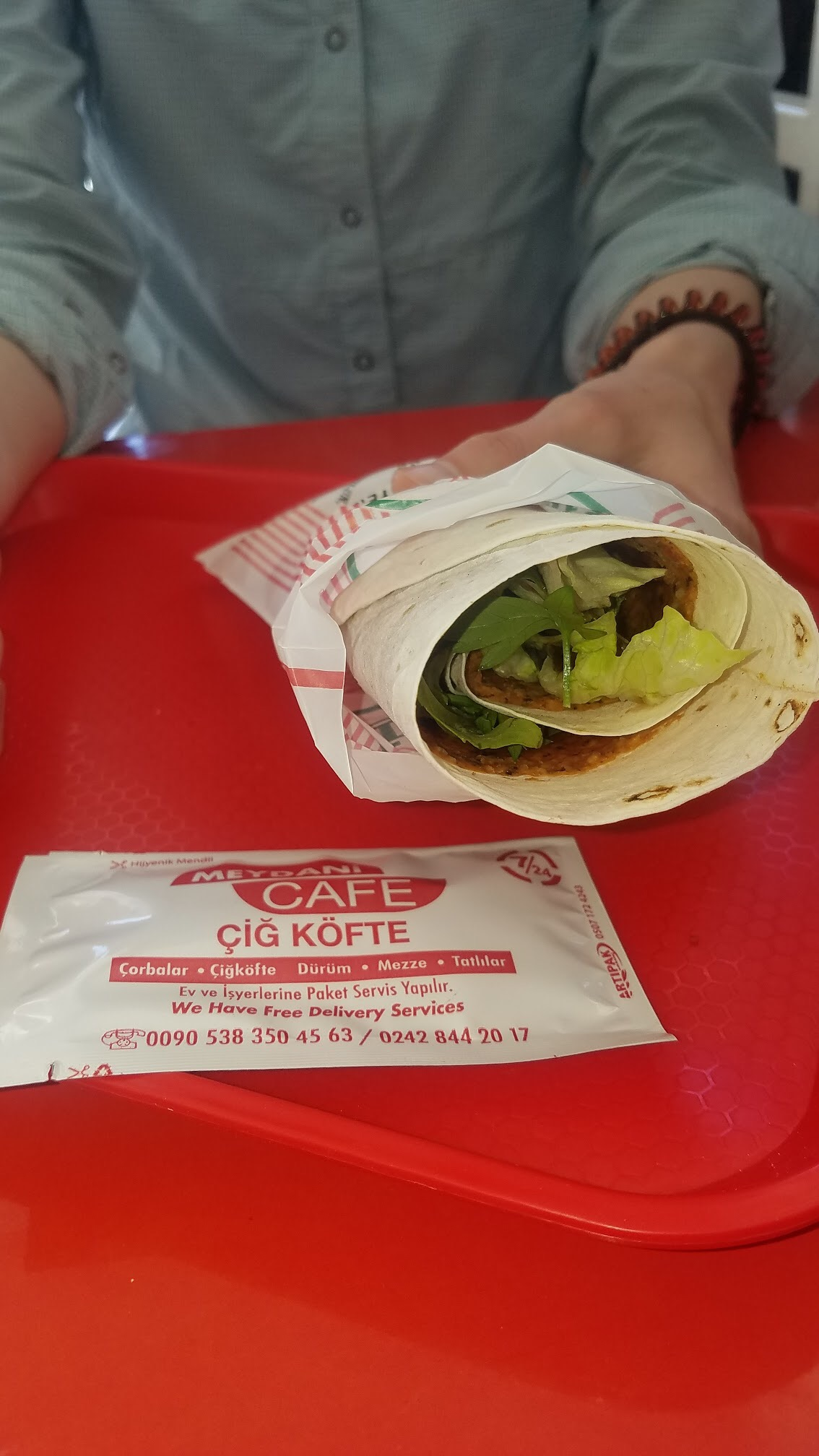 Sylvie's Favorite Snack, Çiğ Köfte