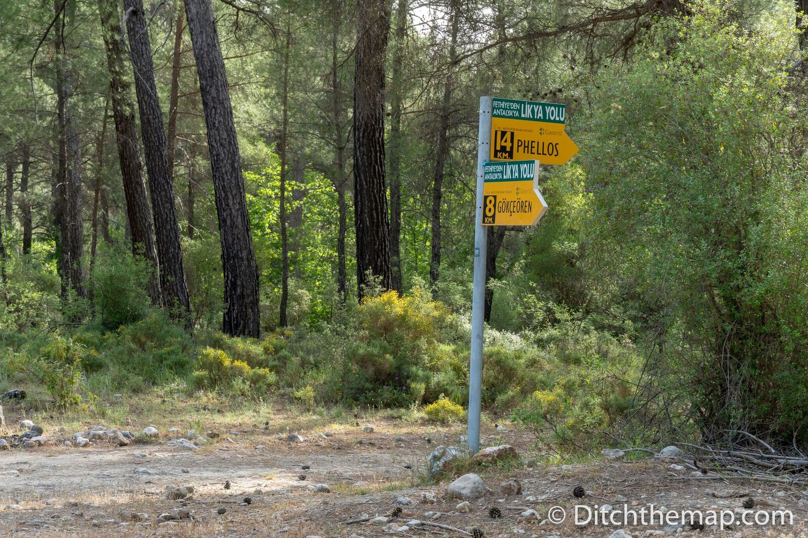 Signs on The Lycian Way