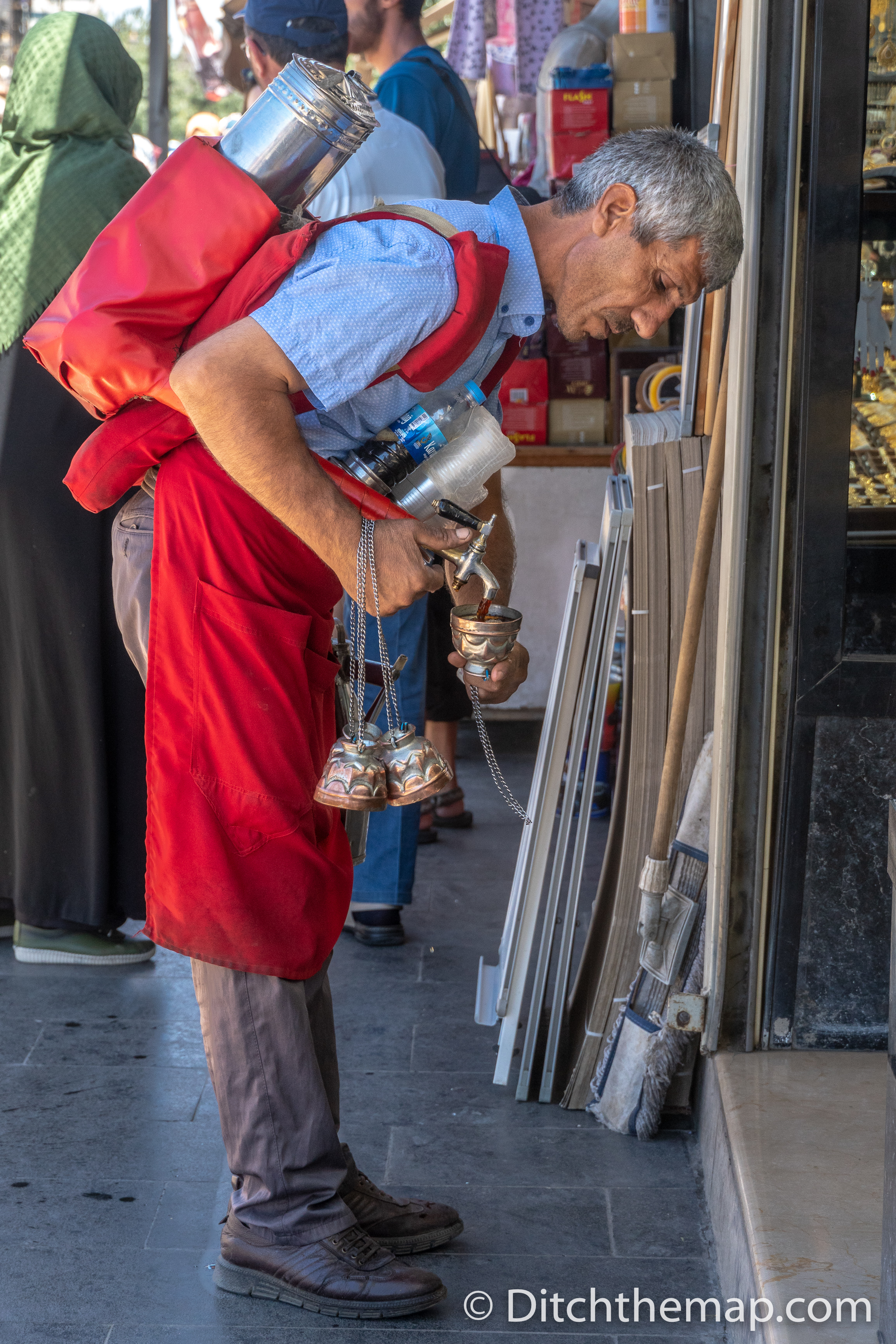 Man selling juice on the streets of Diyarbakir