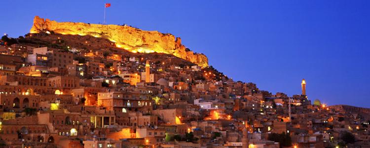 Mardin's historical old city on the hill; photo from http://www.murat-karaca.com