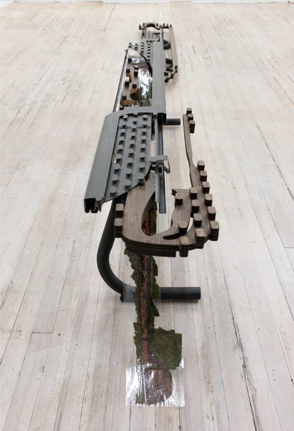 Anne Libby   P*P*O*S*T*O*,  2017 Laminated seaweed, powder coated steel, polyethylene, plywood, formica
