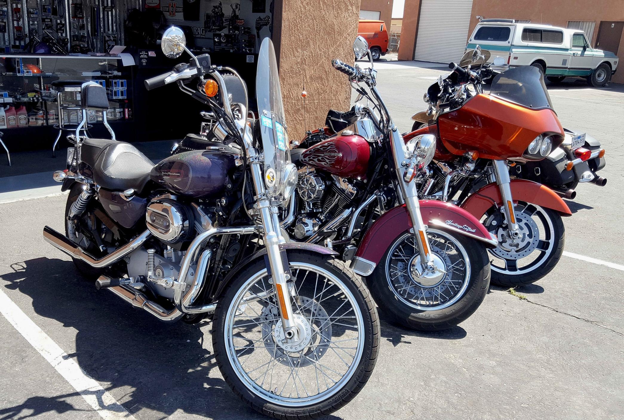Bikesoutside2.jpg