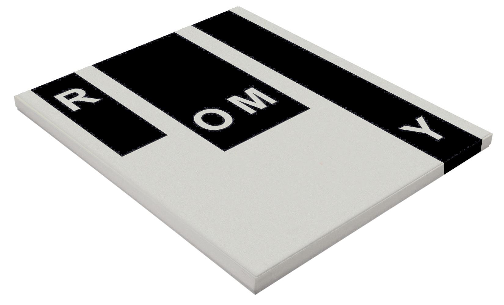 RomyCaja01-3D.jpg