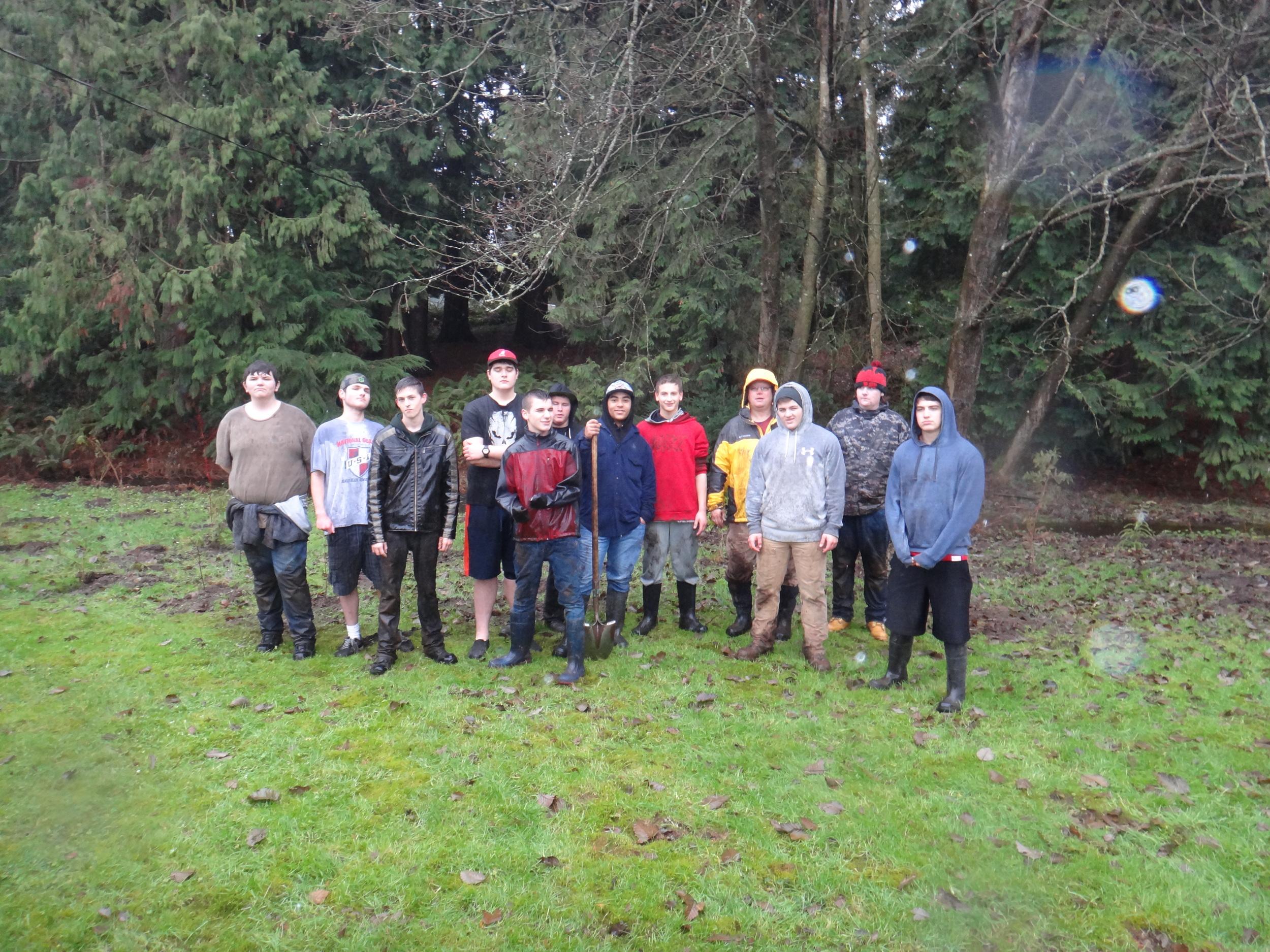 Volunteer planting14.JPG