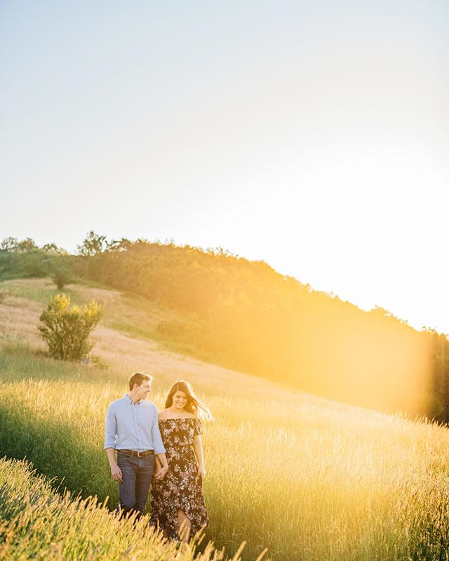Last night with these two! ☀️ #engagementphotography #virginiaengagement