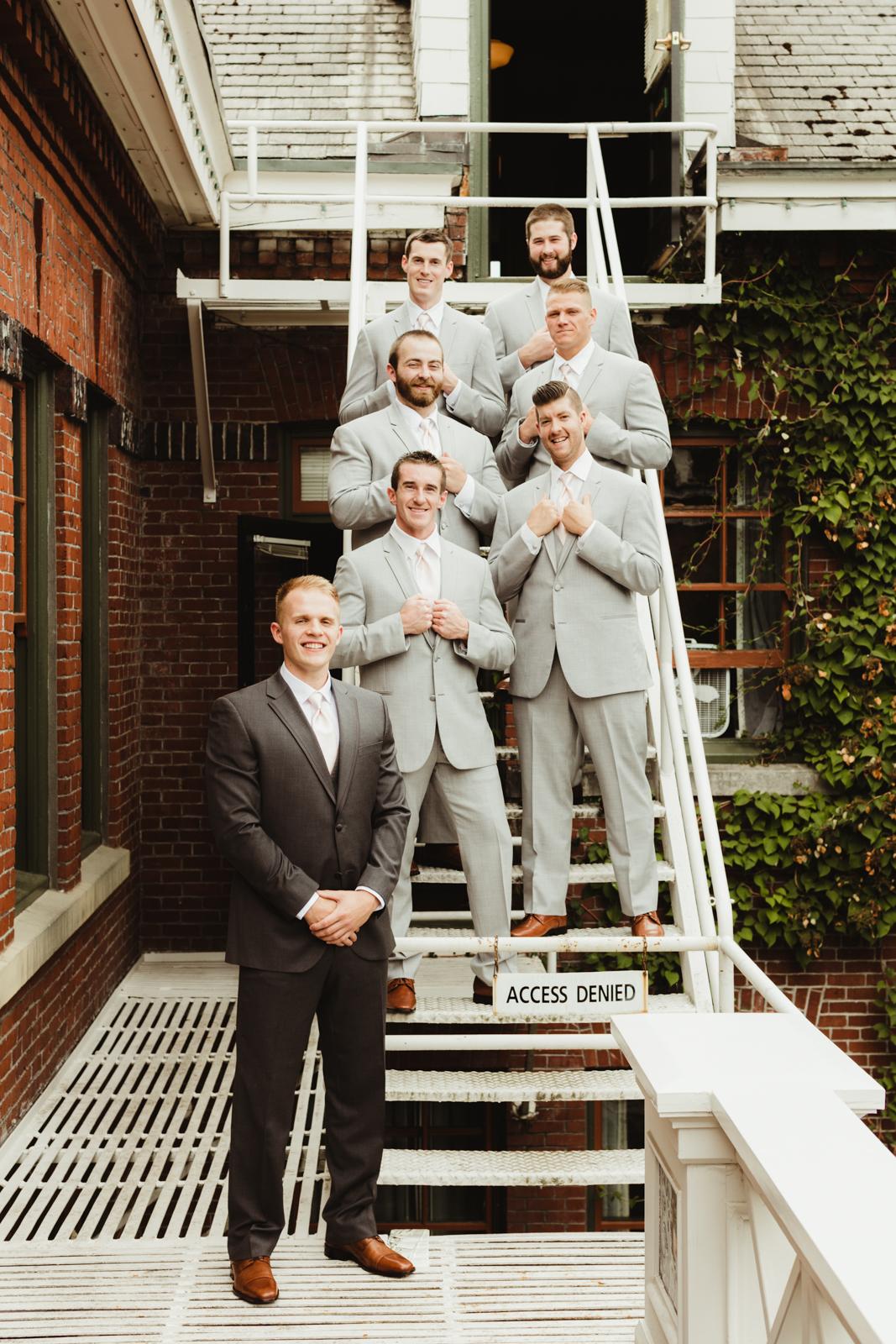 Groom and groomsmen group shot at Edgefield
