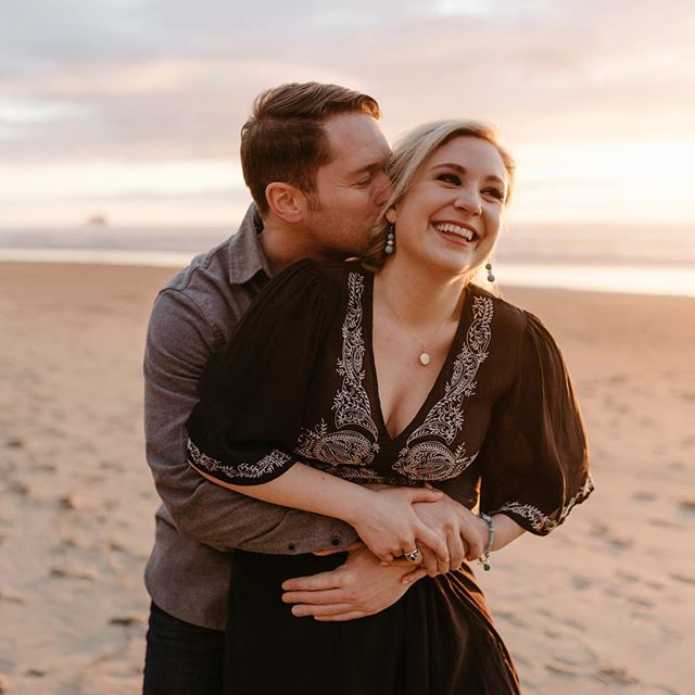 Finishing up this really friggin cute session today and so excited to back at the coast for an elopement on Saturday! 🌊 I just can't stay away.