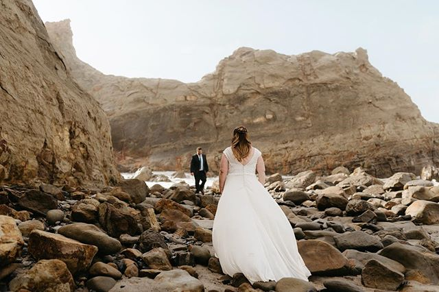 Yesterday with these two was a dream. It was warm and sunny with the perfect amount of sea mist in the air. They were laid back and fun and let the day unfold naturally. Elopements on the coast are my favorite. This photo is my new favorite.
