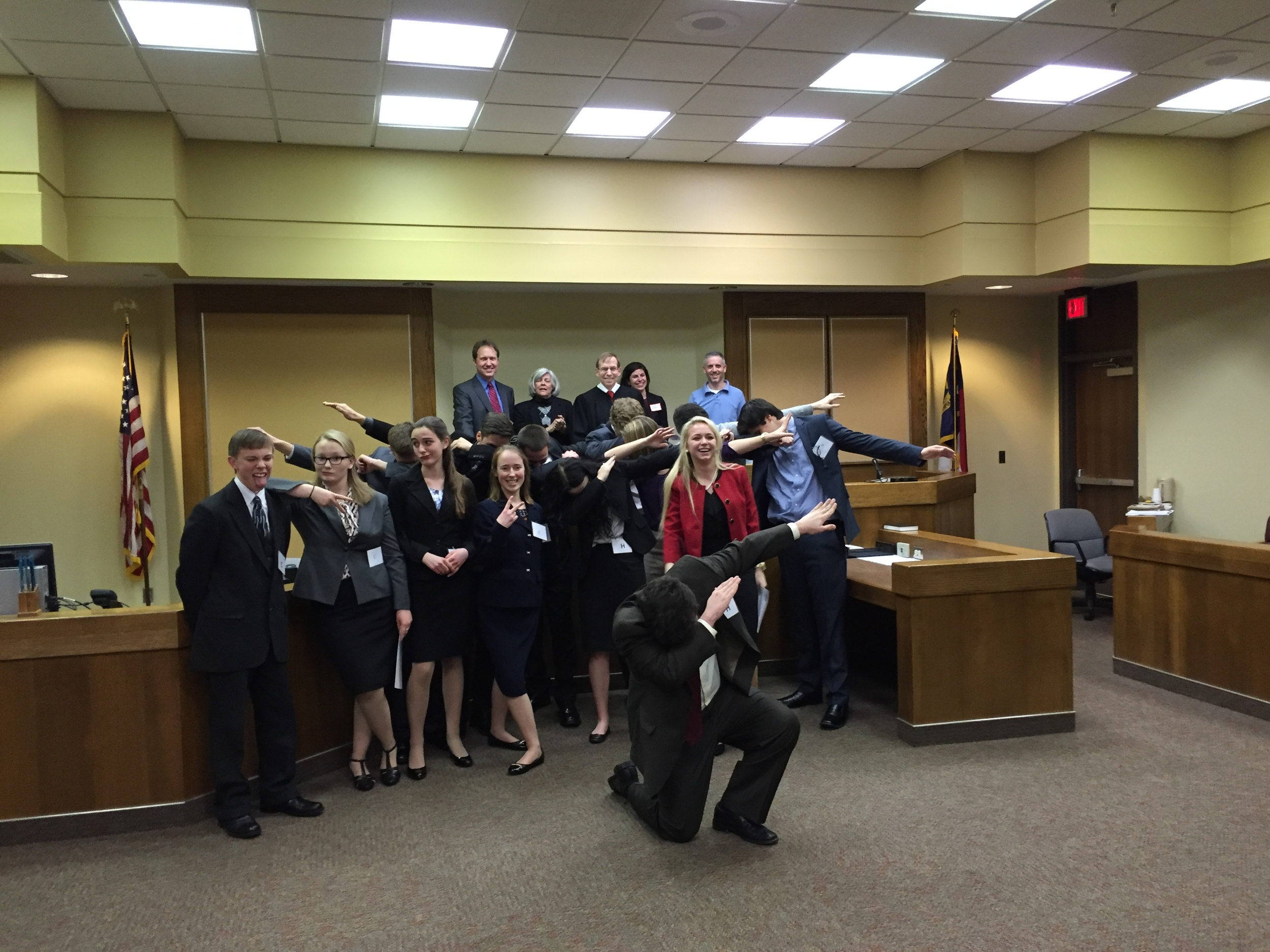 Justice Edmunds with the two finalist teams and scoring jurors at High Point regional round of N.C. Advocates For Justice High School Mock Trial Competition, February 2016.