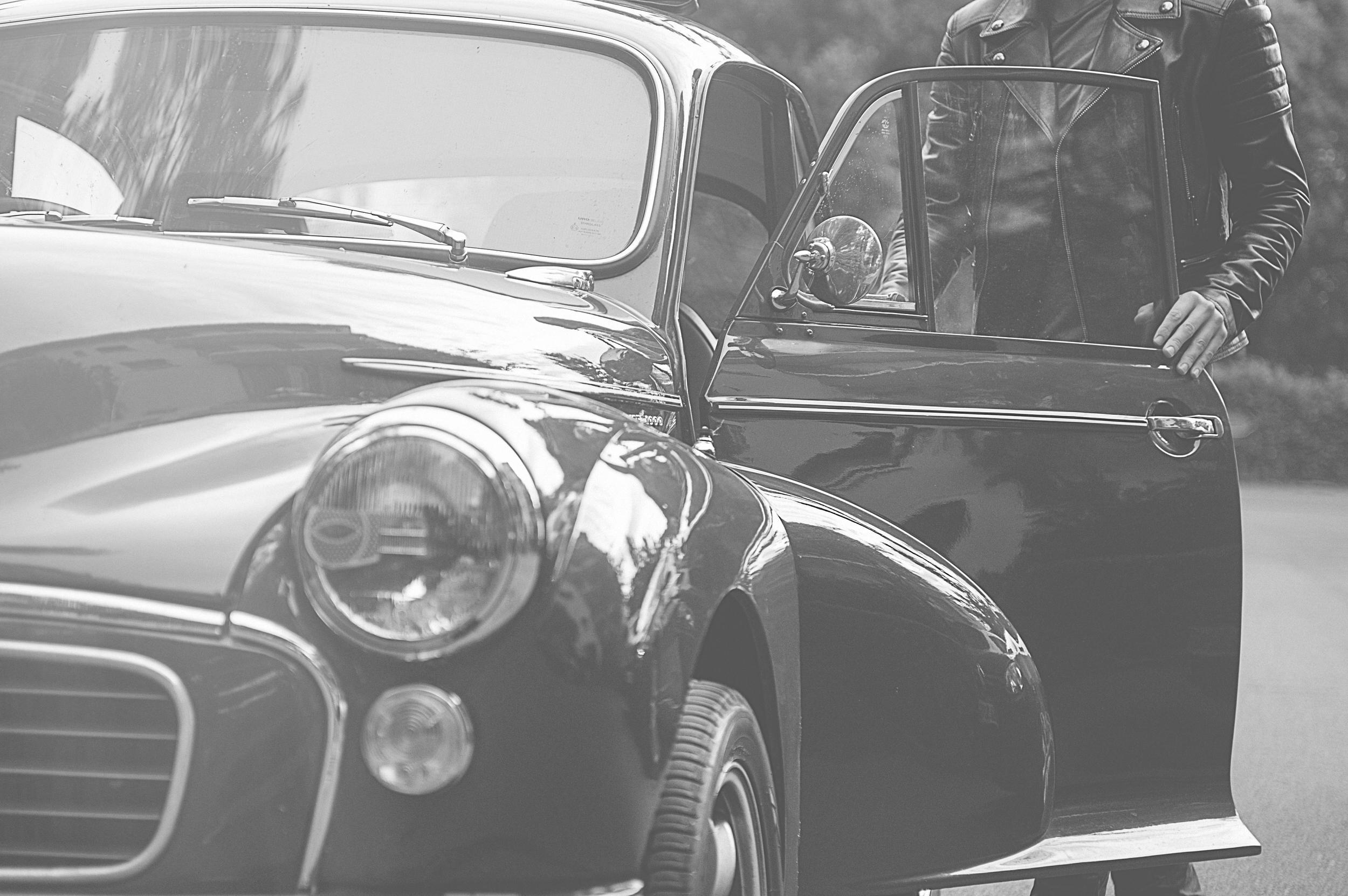 Retail Restauant design branding wayfinding signage achitect interior graphics uniform F&B packaging window VM Experiance Pop up fast food fashion glamping pods photography menswear womenswear harrods plus kitchen prototype logo griffin loveland farm weld enamel pizza coffe bar cafe signwritting graffiti beauty hall sweetmaker pappabubble protoype no1 quirky collective rake istanbul bookshop burger burgerlab display belstaff timber brick joinery shopfit shopfitting cafe london Film Styling art direction art direction producer production photograph photo shoot photoshoot wheels and waves l'equipee motorbikes motorcycles sunglasses belstaff bellstaff france morris minor