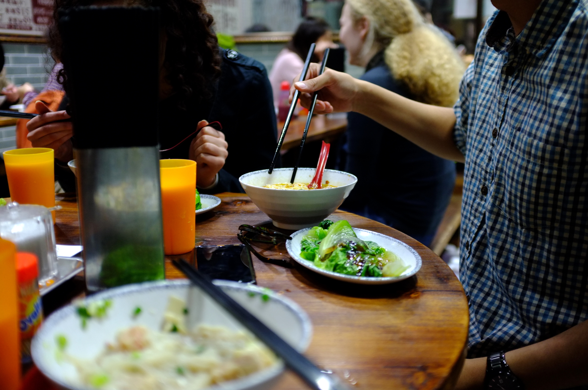 Dinner at a hole-in-the-wall in Causeway Bay