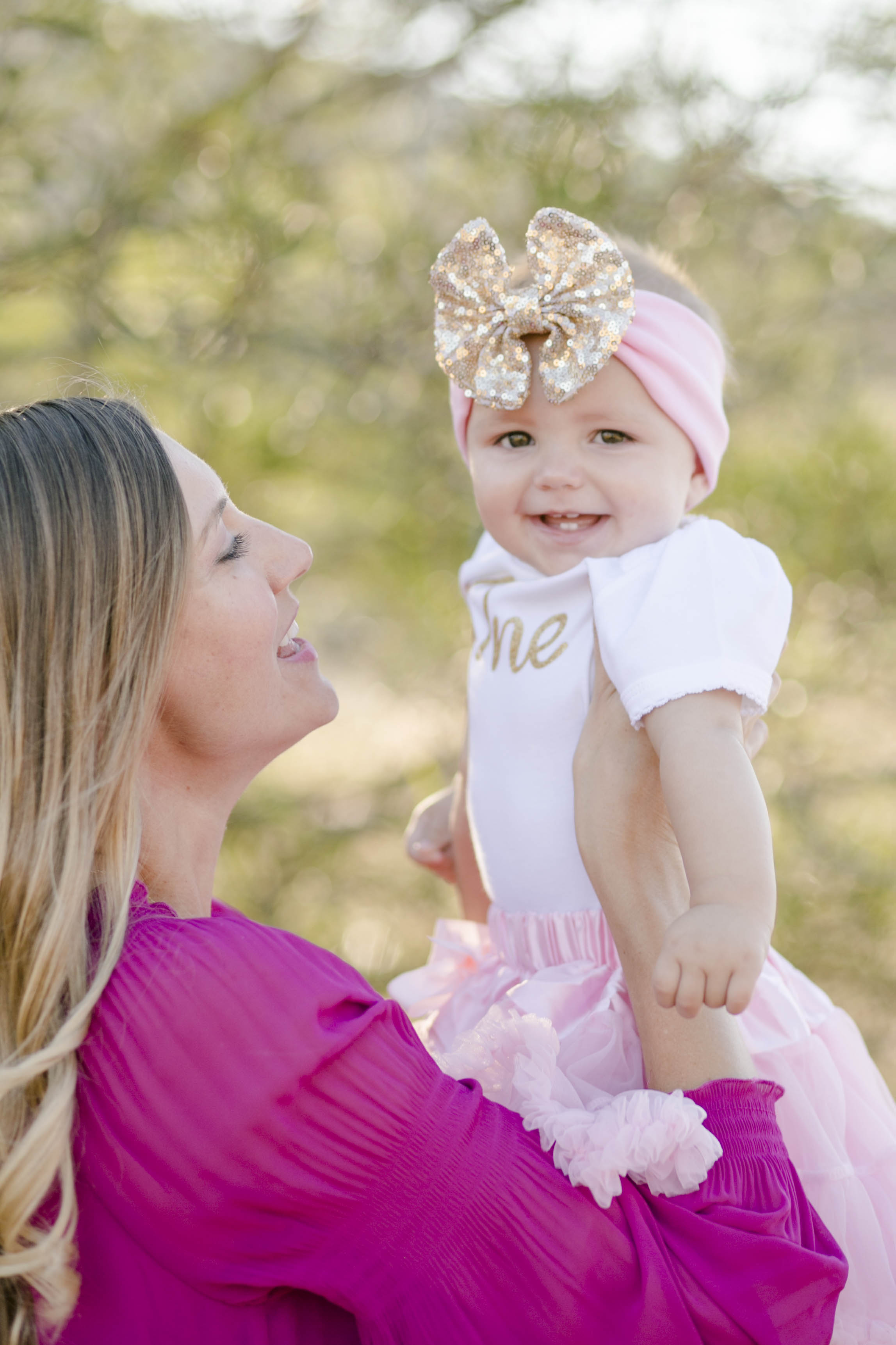 Isla Cutrano1st Bday shoot-13.jpg