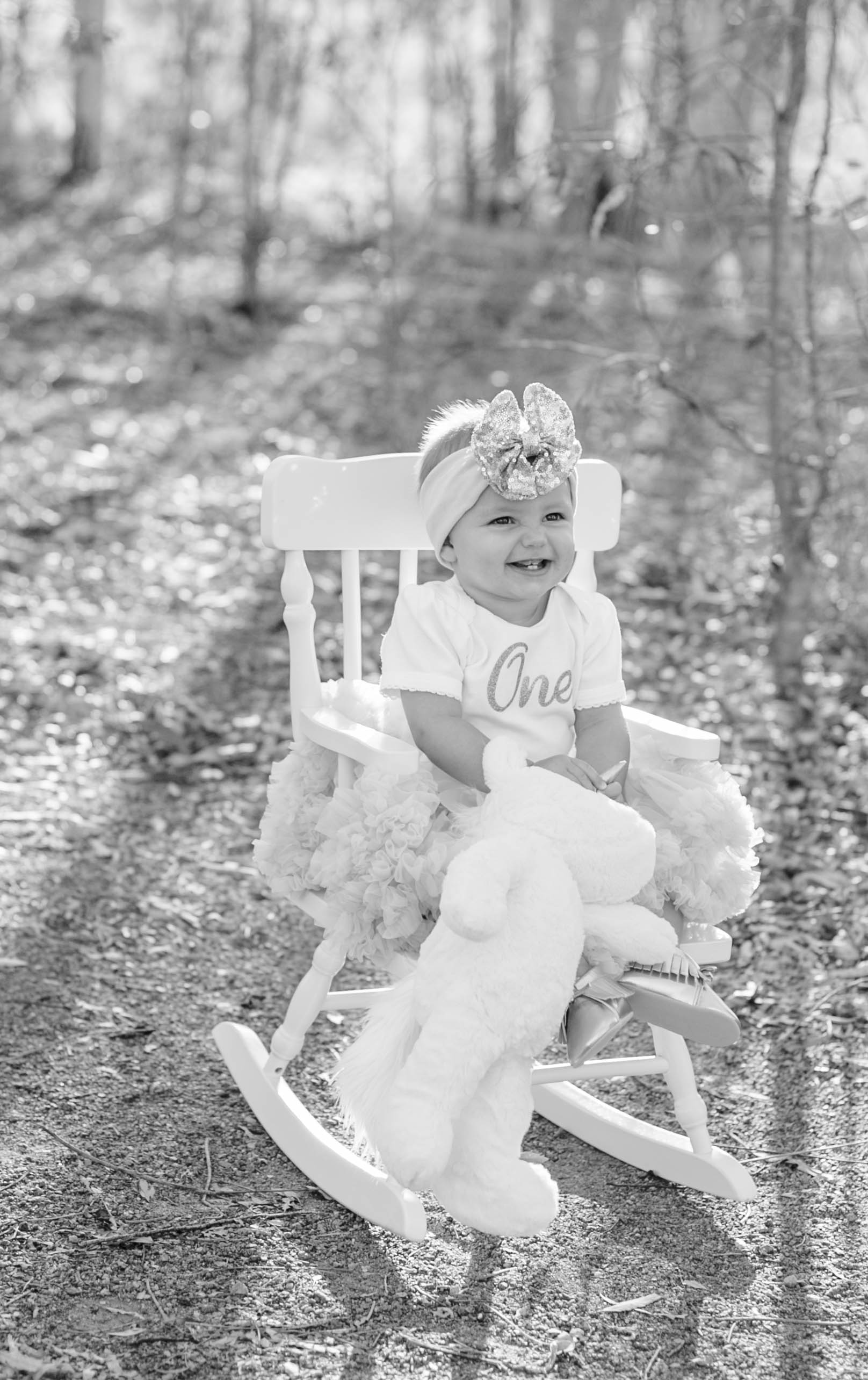 Isla Cutrano1st Bday shoot-16.jpg