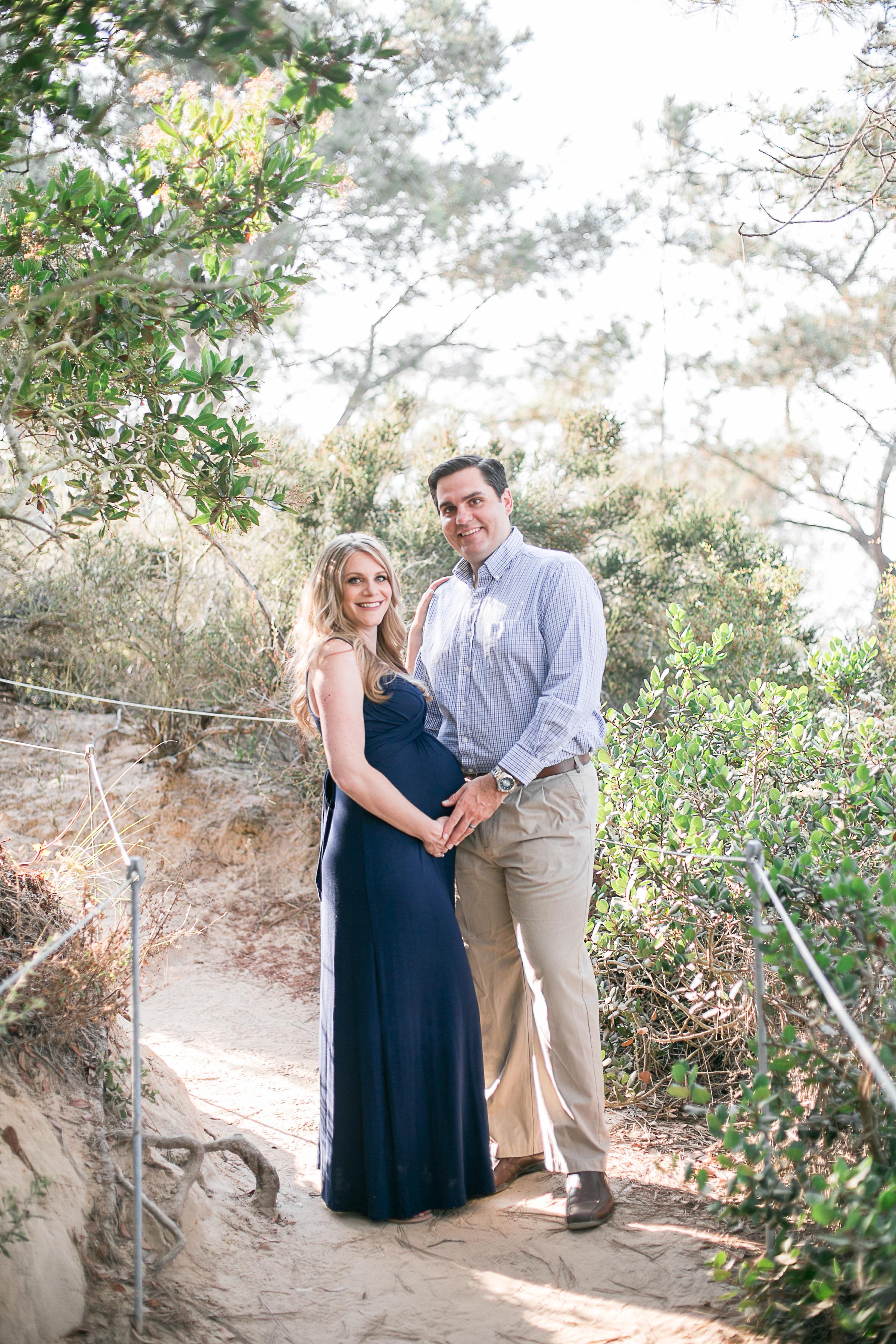 Shane_&_Shayna_Torrey_Pines Maternity_Session_2017-2.jpg