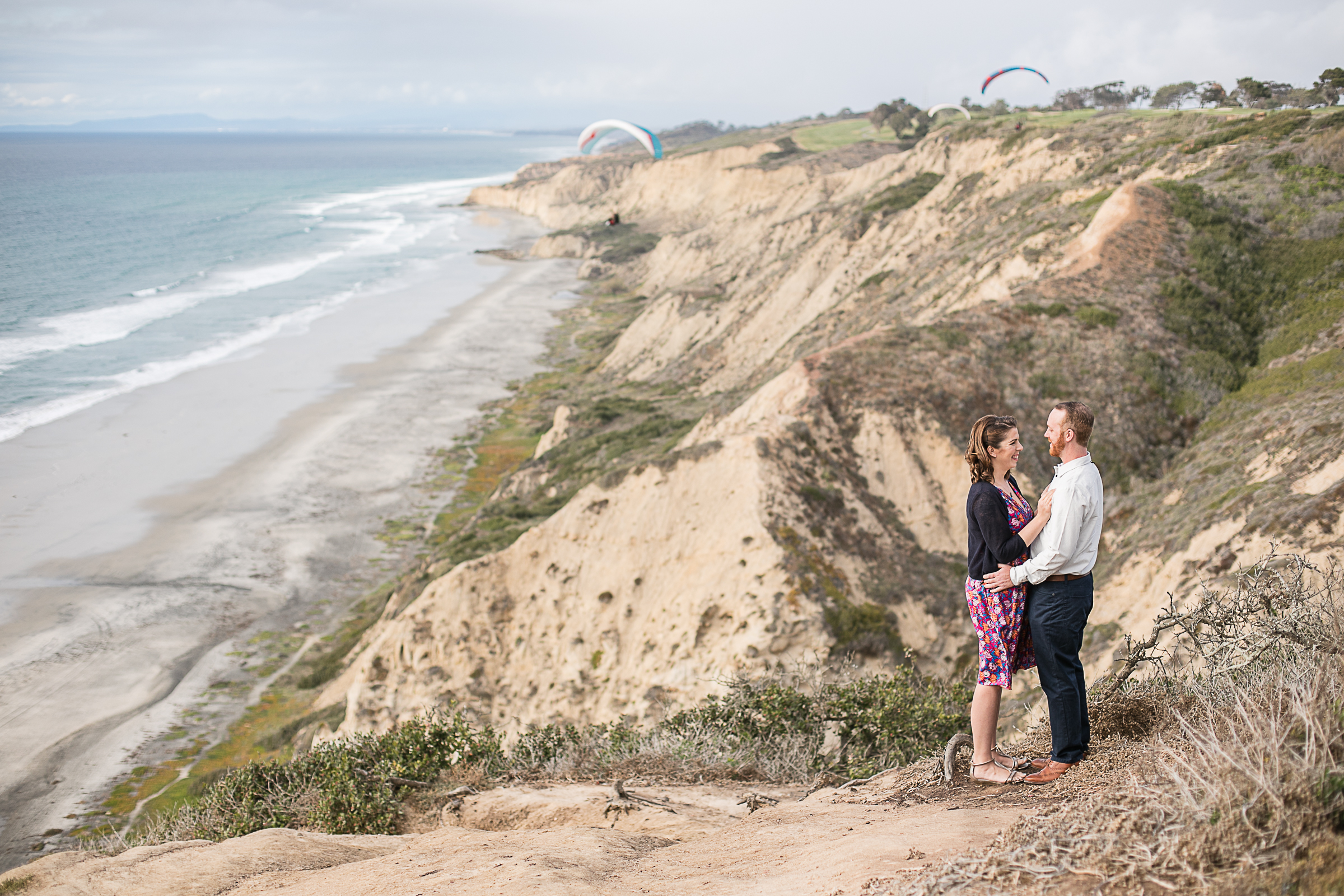 Sarah and Matt's Torrey Pines Gliderport and Scripps Pier Engagement Session 2018-1.jpg
