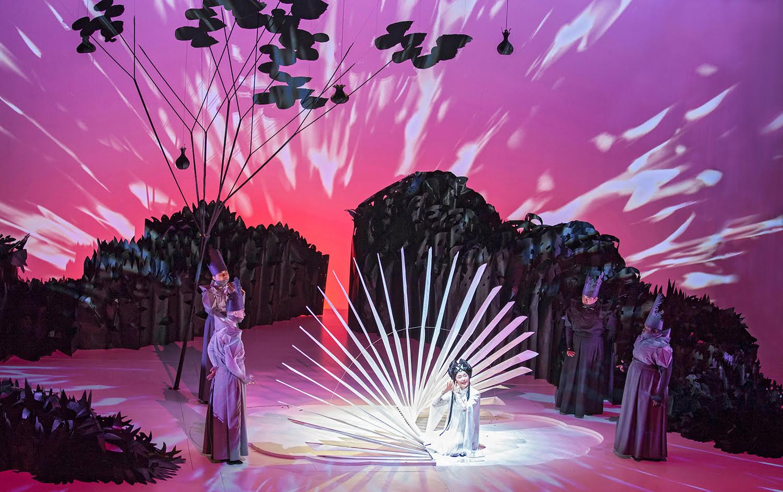 Jennifer Wen Ma,  Paradise Interrupted,  Spoleto Festival USA, 2015. Photo Julia Lynn