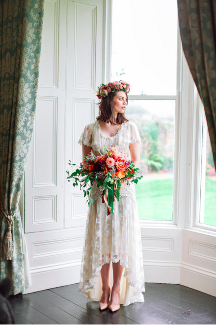 Glam Vintage: Beautiful Country House Wedding Inspiration on One fab day