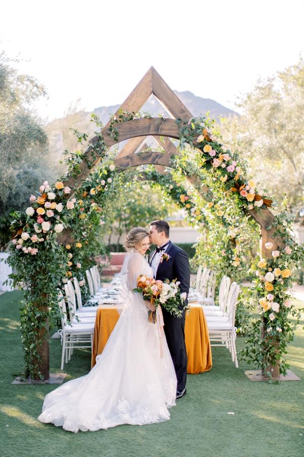 citrus_wedding_inspo_01.jpg