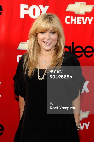 Jennifer Aspen - Fox - Glee.jpg
