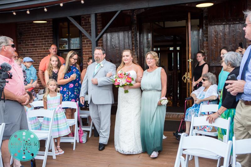 Palafax Wharf Wedding - Wedding Photographer in Pensacola ©Ashley Nichole Photography-53.jpg