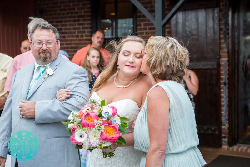 Palafax Wharf Wedding - Wedding Photographer in Pensacola ©Ashley Nichole Photography-54.jpg