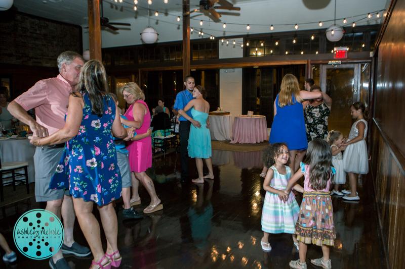 Palafax Wharf Wedding - Wedding Photographer in Pensacola ©Ashley Nichole Photography-83.jpg