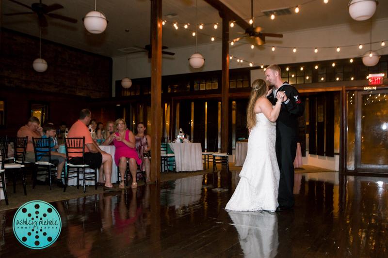 Palafax Wharf Wedding - Wedding Photographer in Pensacola ©Ashley Nichole Photography-90.jpg