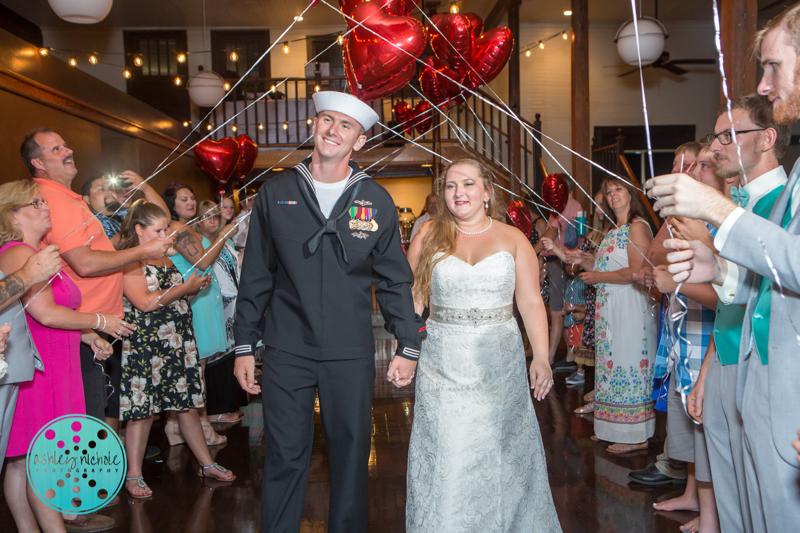 Palafax Wharf Wedding - Wedding Photographer in Pensacola ©Ashley Nichole Photography-93.jpg