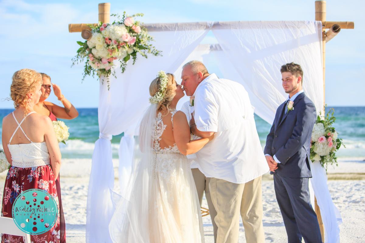 Surfside Resort- Destin Florida- Wedding Photograher ©Ashley Nichole Photography-104.jpg