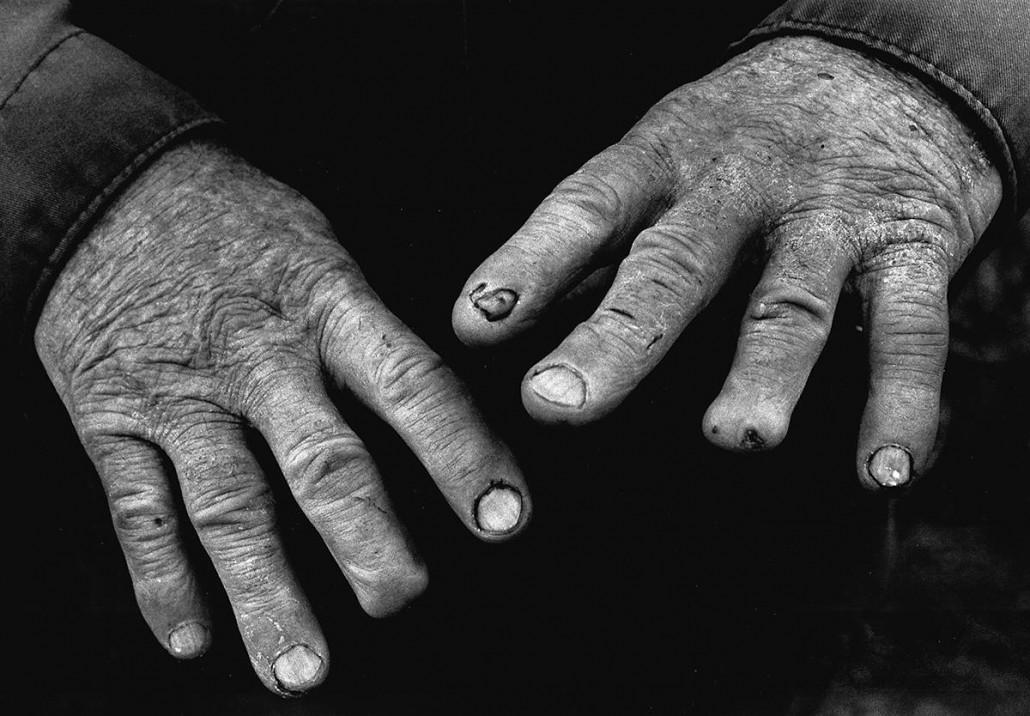 hands-1030x716.jpg