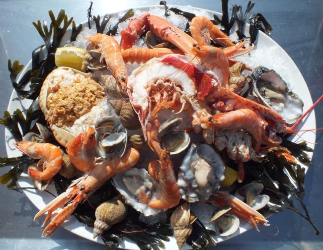 Fruit de mer shellfish platter