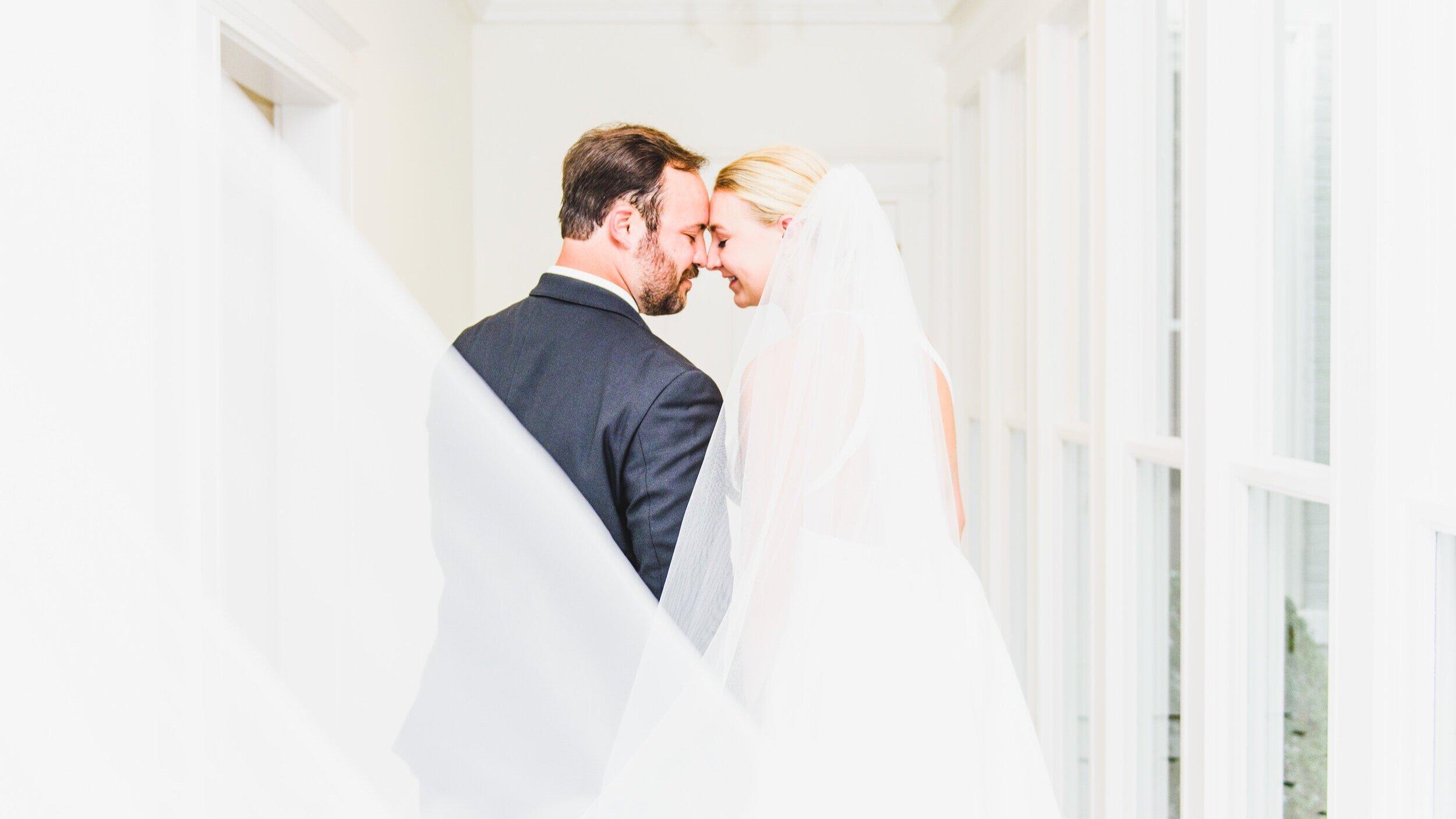 Destination+Wedding+Photographer+Madalyn+Yates+Photography+Italy+Wedding+Bride+with+Veil