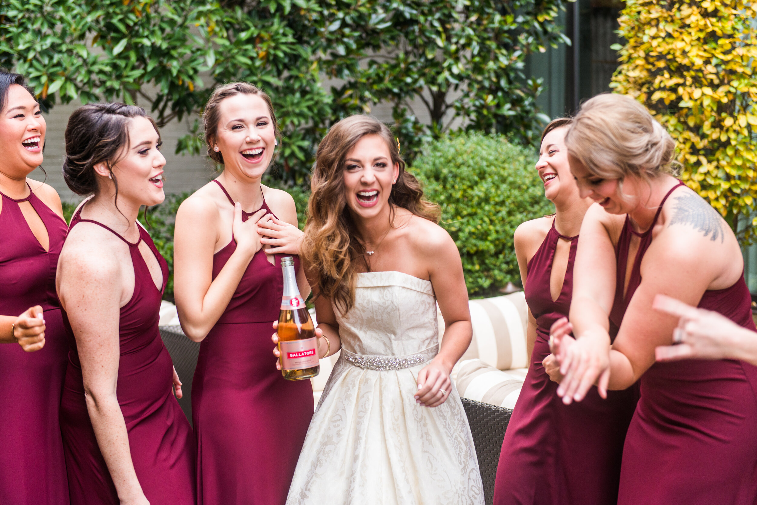 Madalyn Yates Photography Promixity Weddings