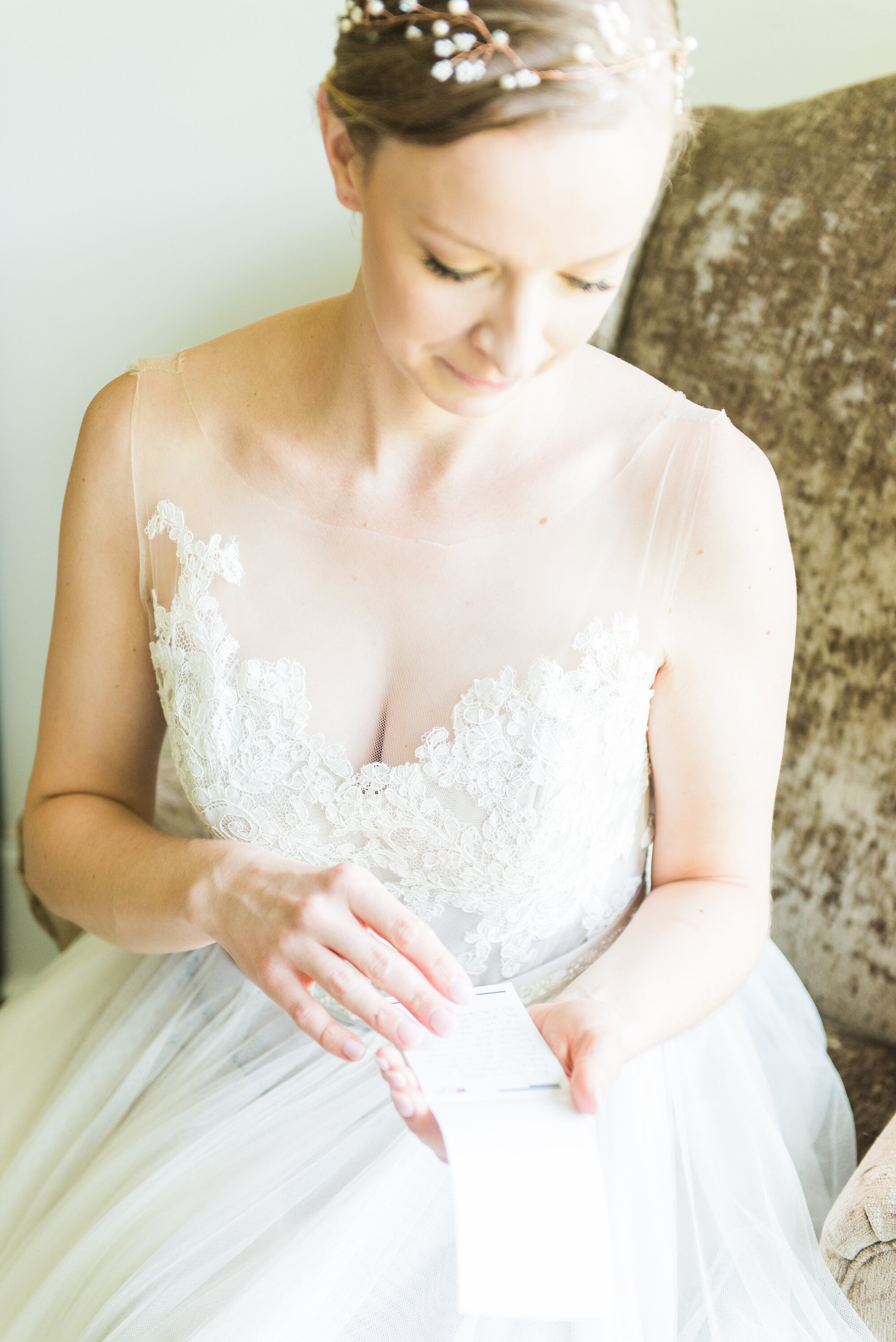 Madalyn Yates Photography Charlotte Wedding Photographer Getting Ready