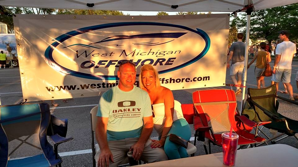 WMO members Jeff & Angie Brookins hanging out at the display tent!