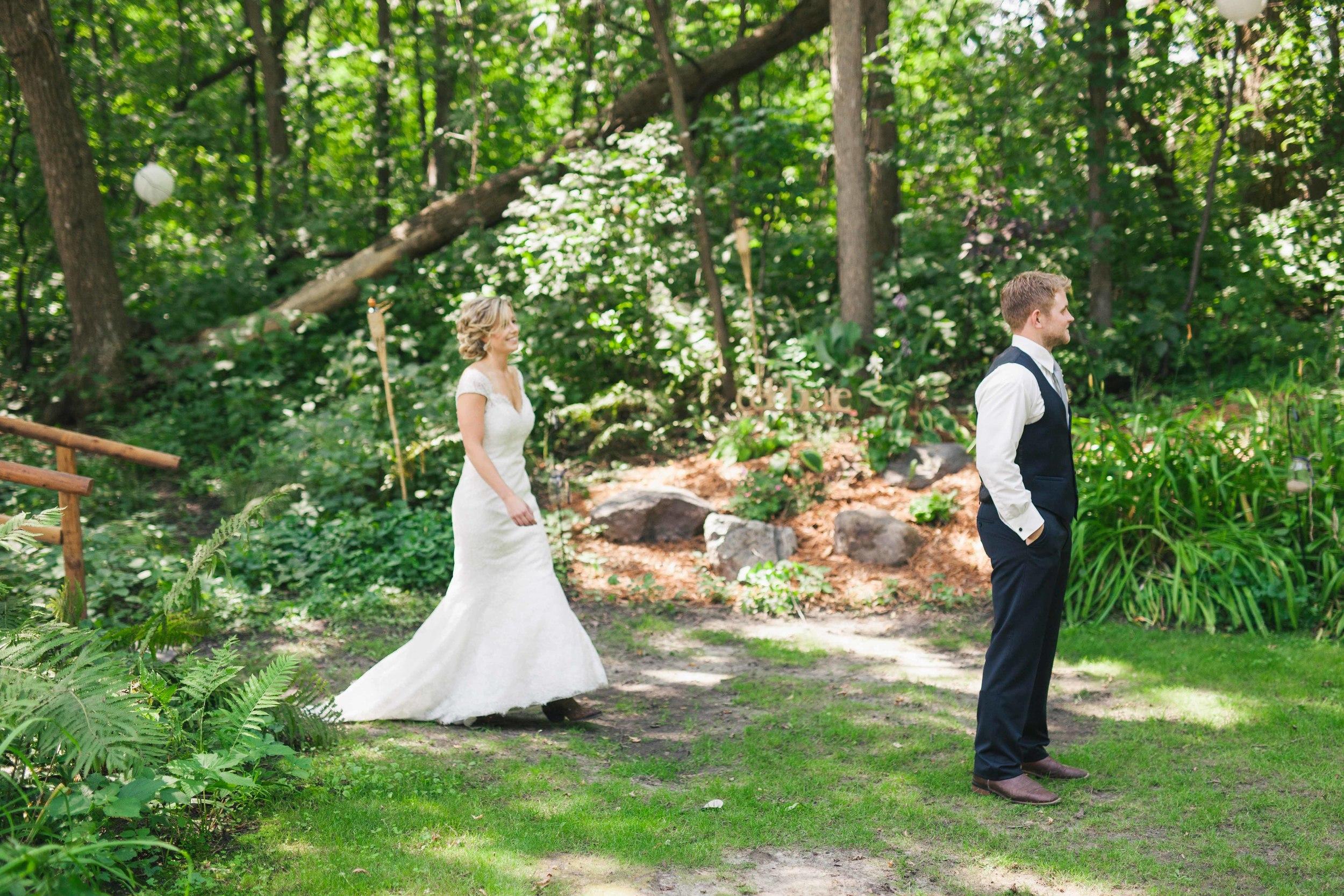 Minnesota Backyard Wedding Minneapolis Jess Dan (29 of 131).jpg