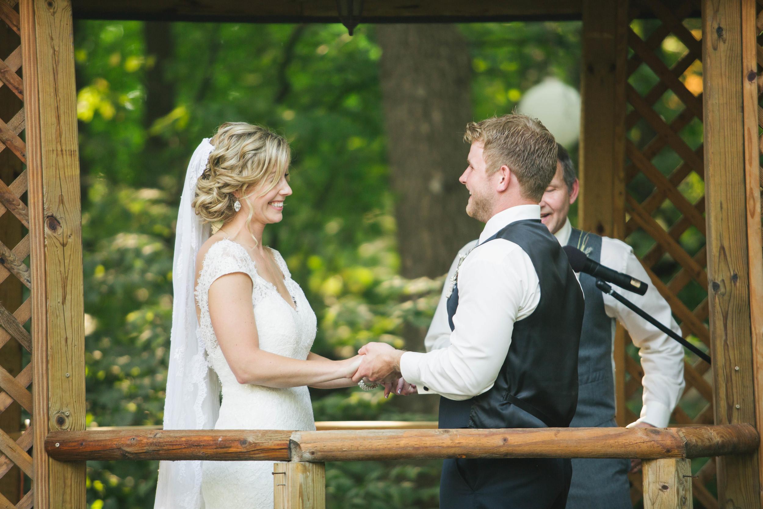 Minnesota Backyard Wedding Minneapolis Jess Dan (80 of 131).jpg