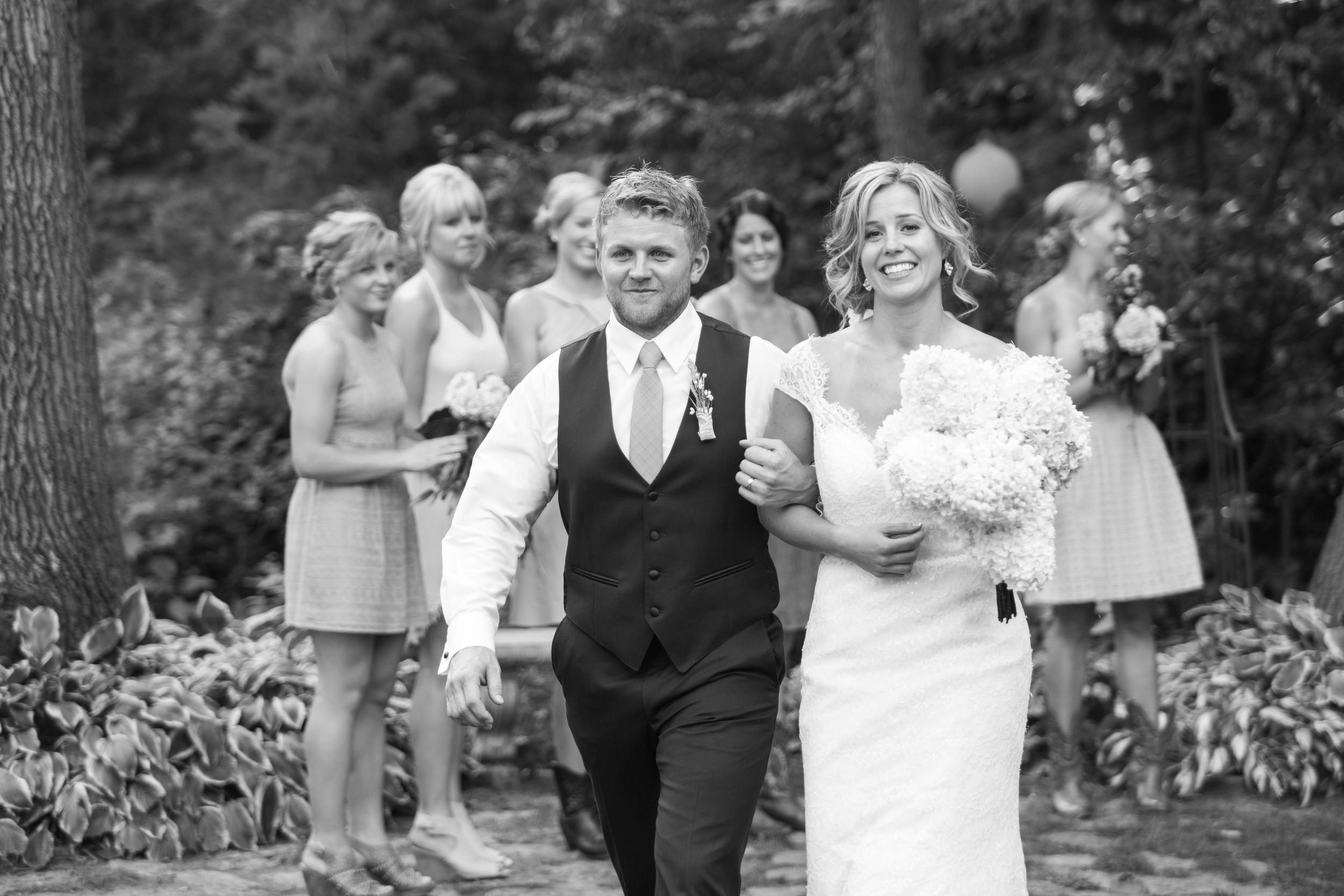 Minnesota Backyard Wedding Minneapolis Jess Dan (91 of 131).jpg