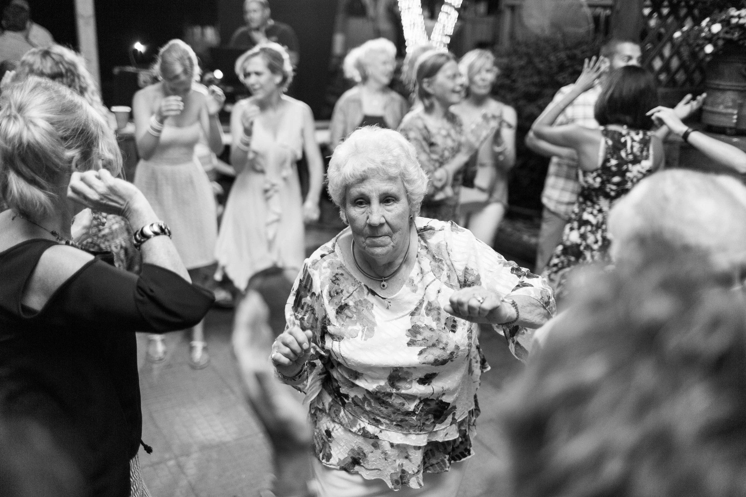 Minnesota Backyard Wedding Minneapolis Jess Dan (119 of 131).jpg