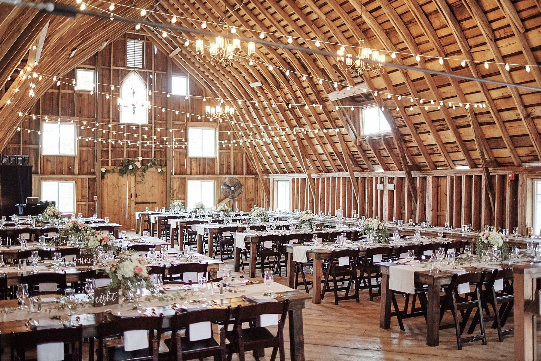 Bloom-Lake-Barn-Wedding-Schafer-Minnesota-Outdoor_0265.jpg