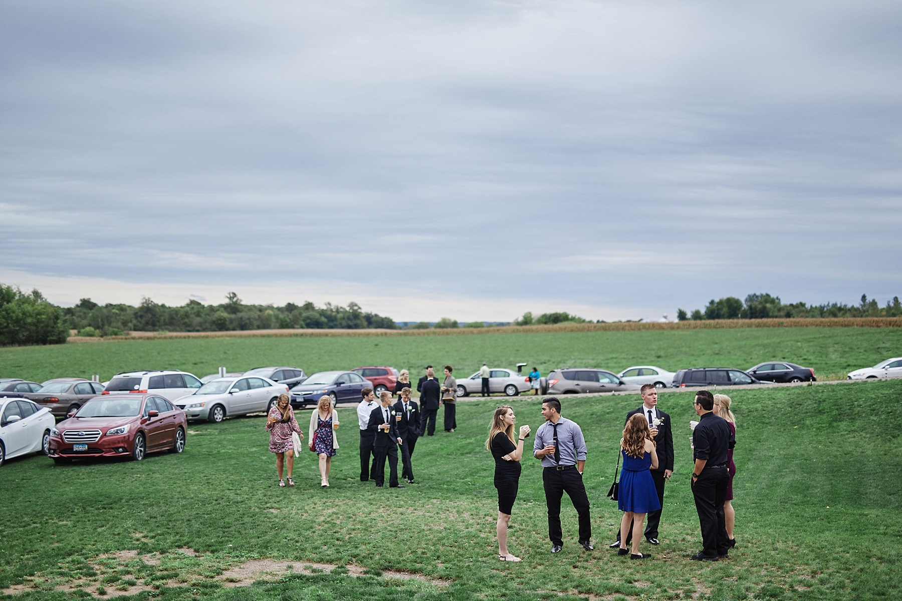 Bloom-Lake-Barn-Wedding-Schafer-Minnesota-Outdoor_0321.jpg