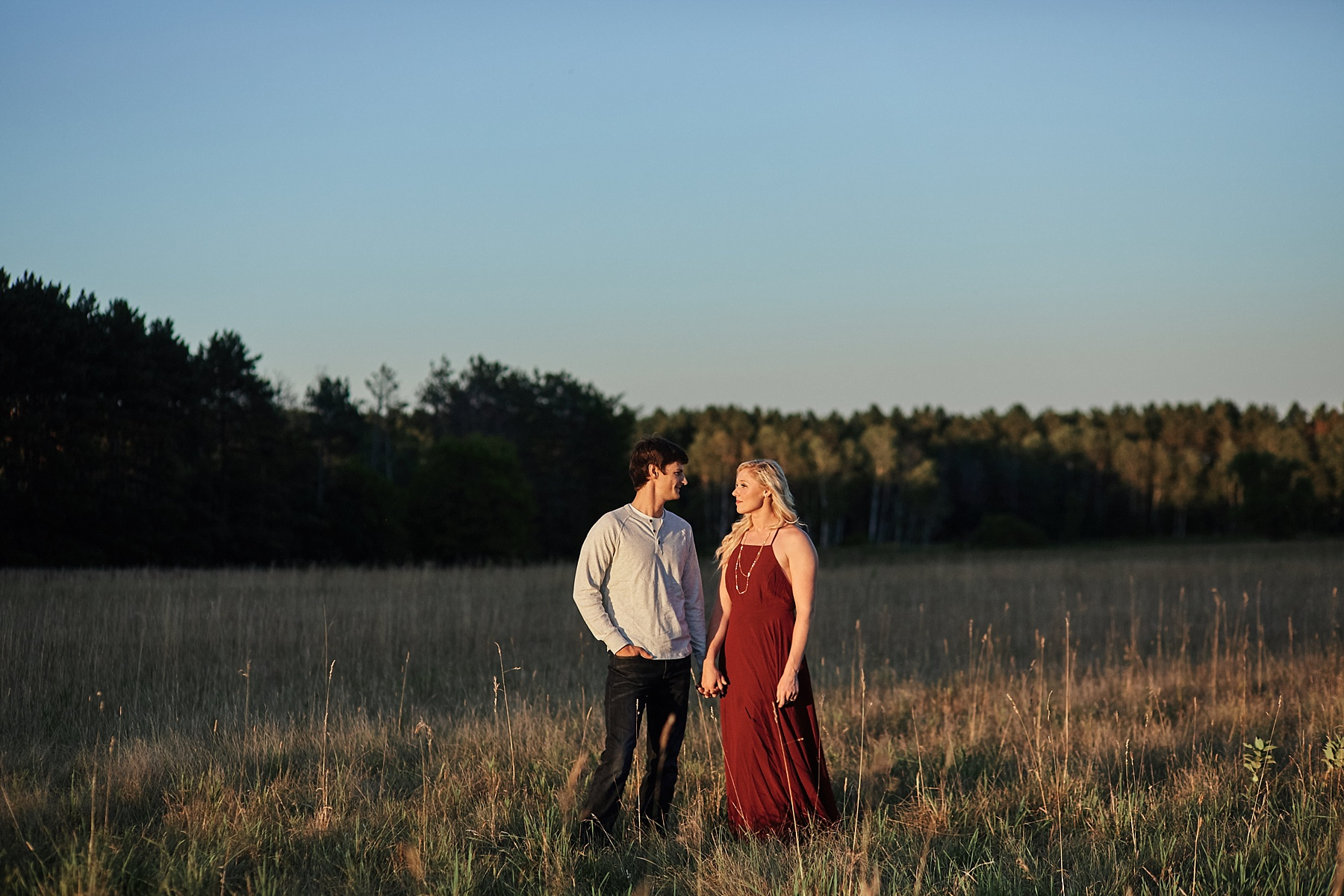 Minnesota-Engagement-Session-outdoors-Up-North-Minnesota_0371.jpg