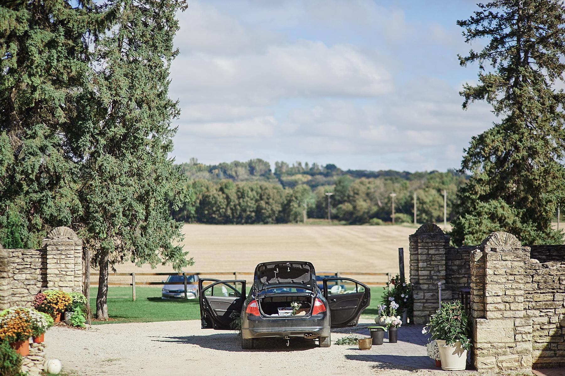 Maywood-Stone-Barn-Wedding-Rochester-Minnesota-Perry-James-Photo_0540.jpg