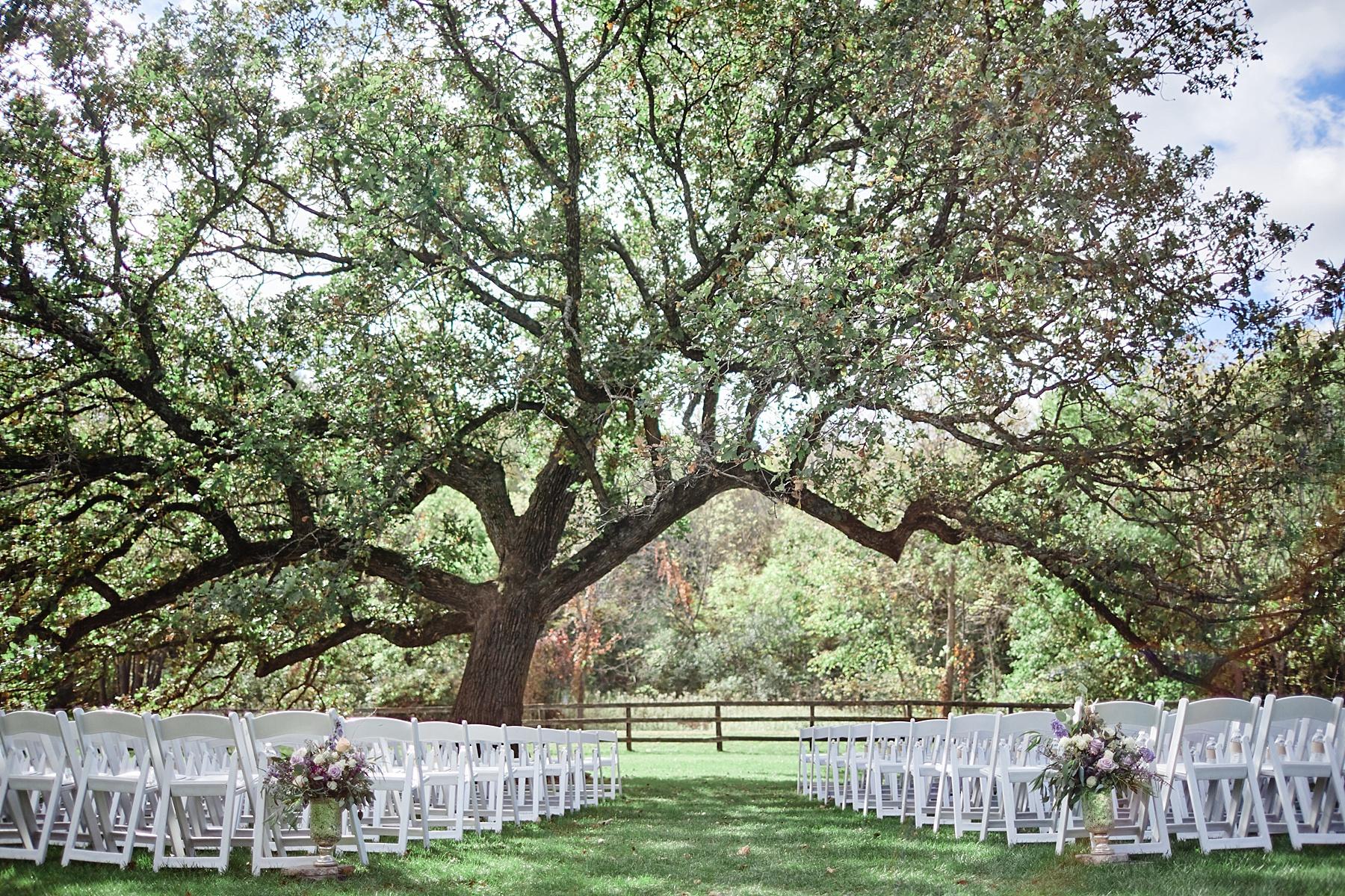 Maywood-Stone-Barn-Wedding-Rochester-Minnesota-Perry-James-Photo_0567.jpg