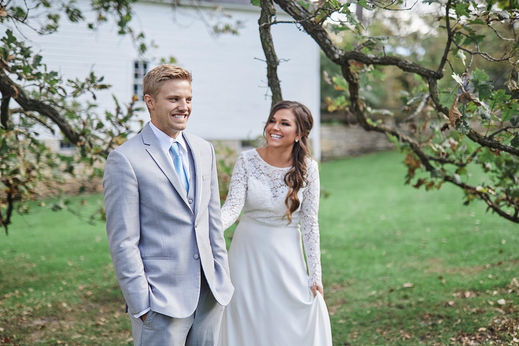 Maywood-Stone-Barn-Wedding-Rochester-Minnesota-Perry-James-Photo_0583.jpg