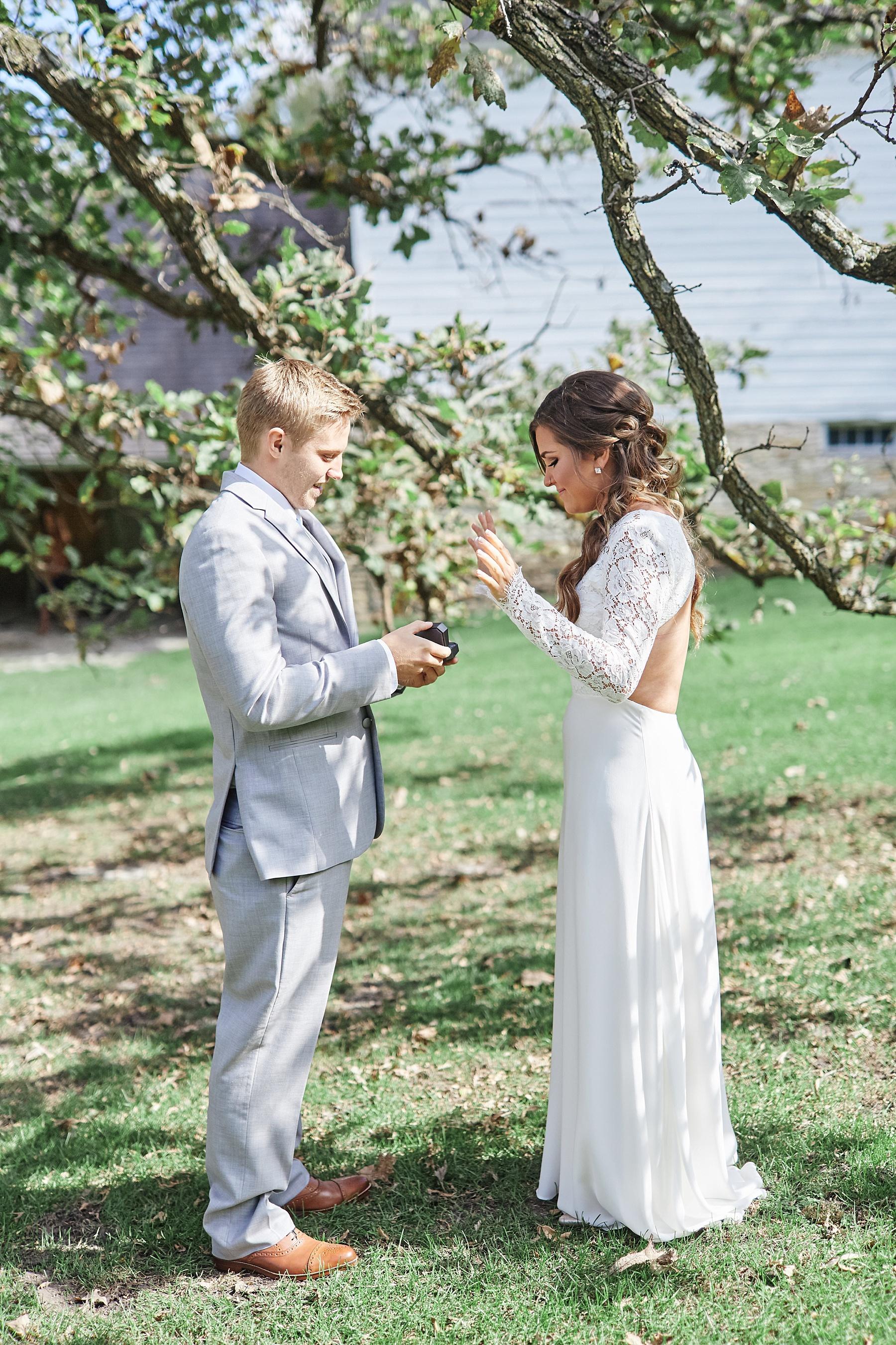 Maywood-Stone-Barn-Wedding-Rochester-Minnesota-Perry-James-Photo_0585.jpg