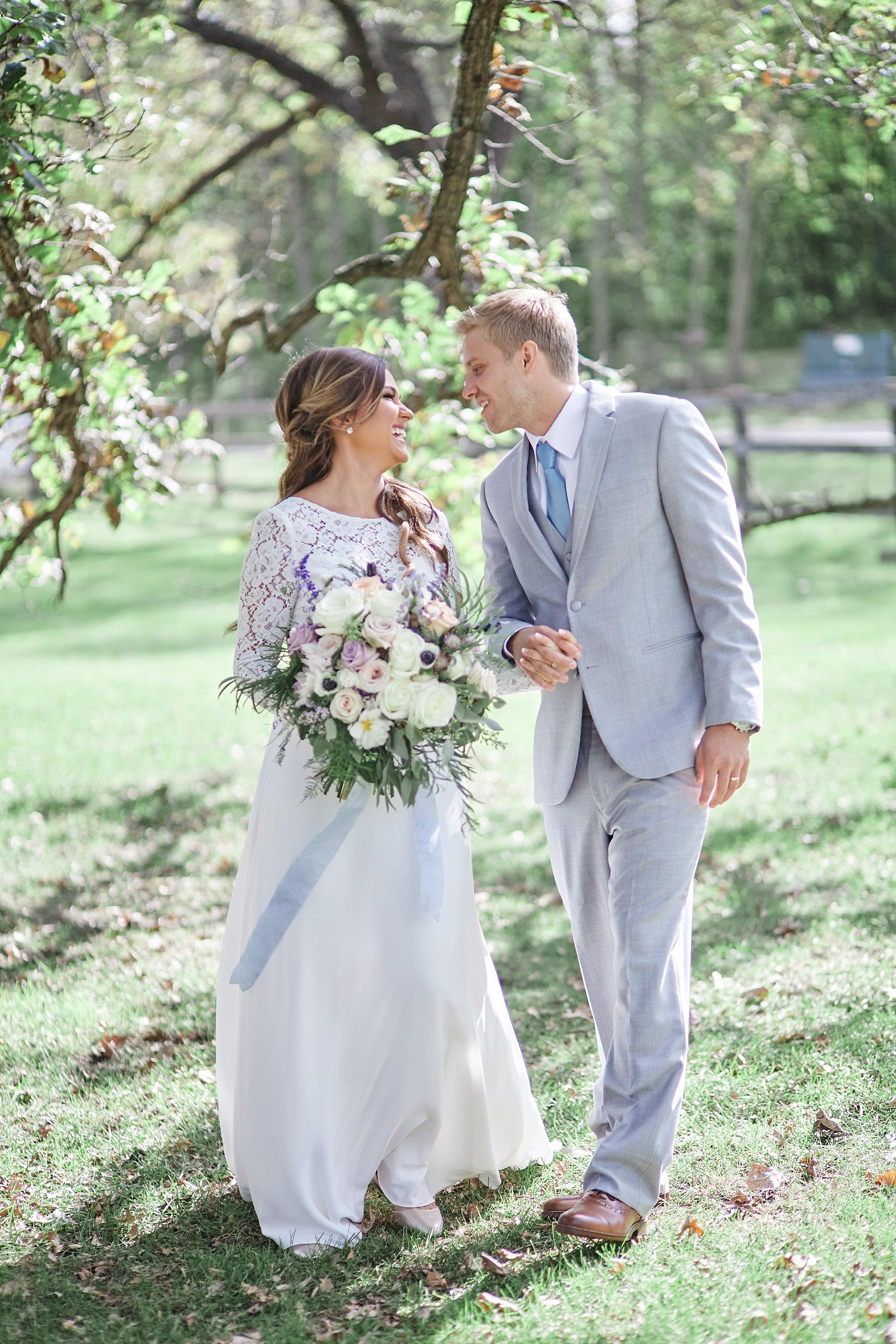 Maywood-Stone-Barn-Wedding-Rochester-Minnesota-Perry-James-Photo_0592.jpg