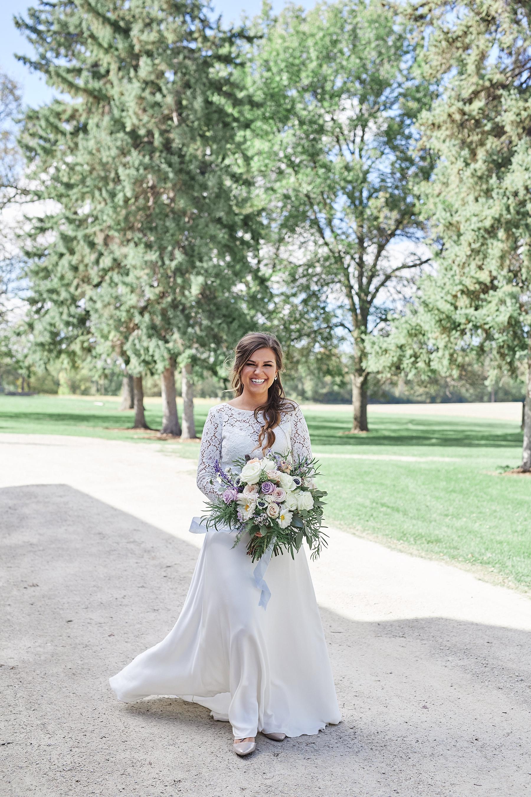 Maywood-Stone-Barn-Wedding-Rochester-Minnesota-Perry-James-Photo_0600.jpg
